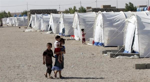 PLUS DE 200.000 SYRIENS SE SONT RÉFUGIÉS DANS LES PAYS FRONTALIERS