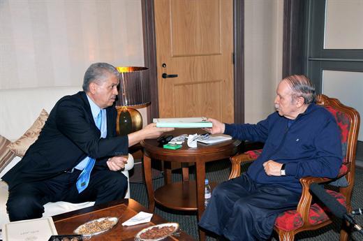 Bouteflika fera-t-il le poids devant le puissant patron du DRS ?