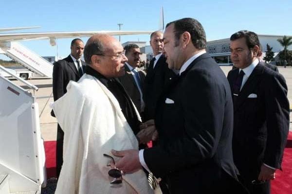 Le roi Mohammed VI impulse l'axe Rabat -Tunis