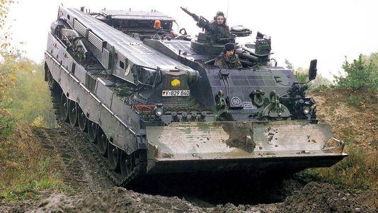 Allemagne : Suspension d'un projet militaire avec la Russie