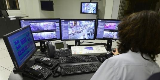 France: Renforcement des moyens des services de Renseignement