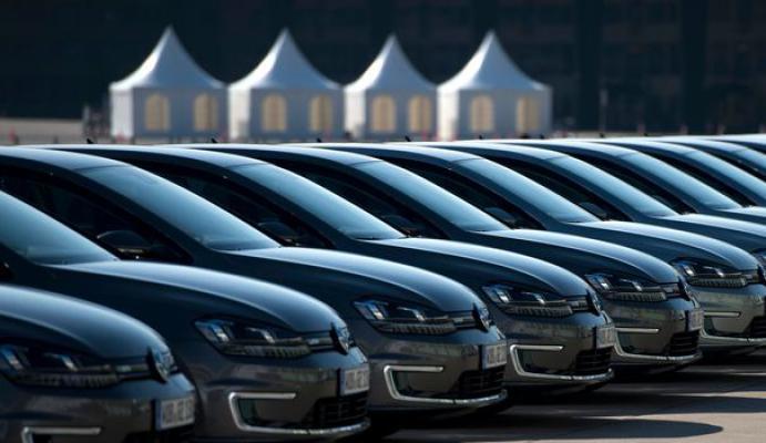 Allemagne : Bond des immatriculations de nouvelles voitures