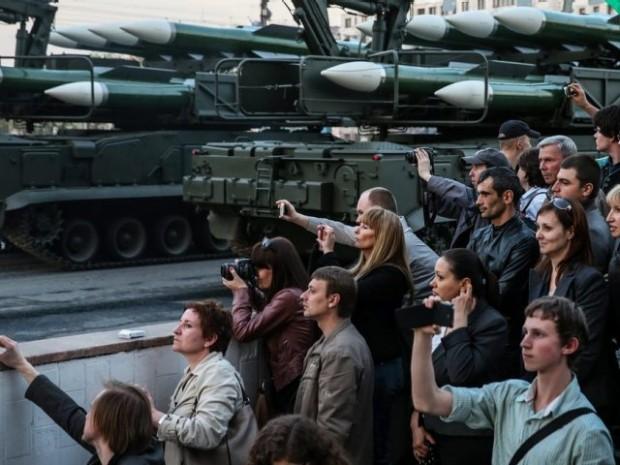 La crise ukrainienne booste les dépenses militaires en Europe de l'Est