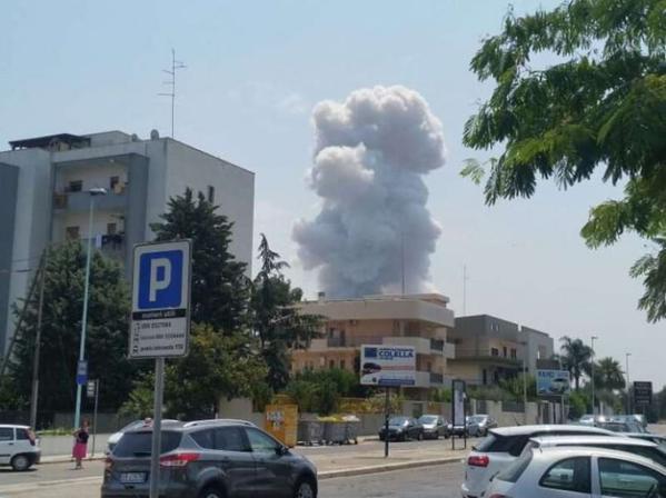 Italie : lourd bilan humain après une explosion d'une fabrique de feux d'artifice