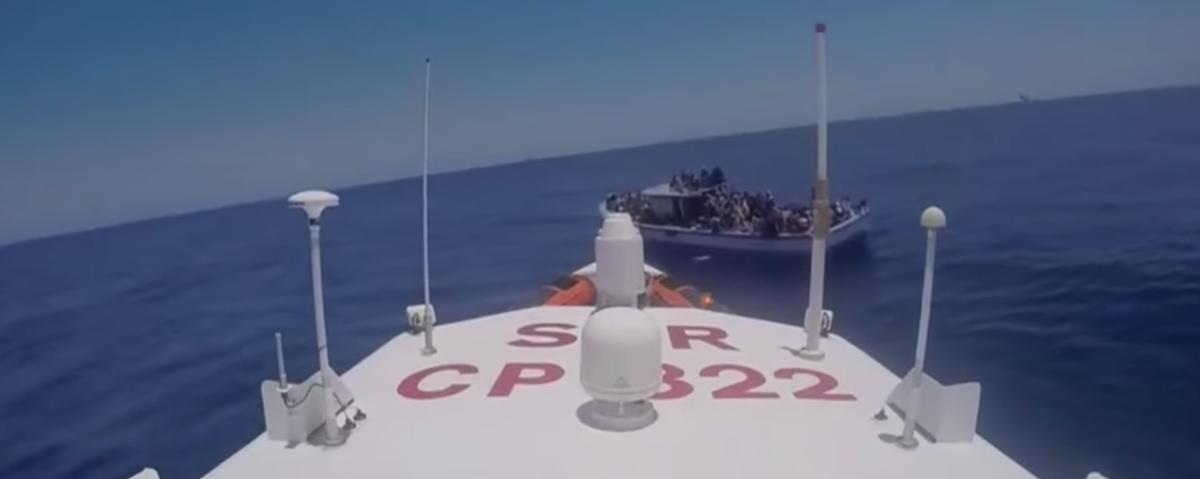 Italie : des milliers de migrants secourus en une seule journée