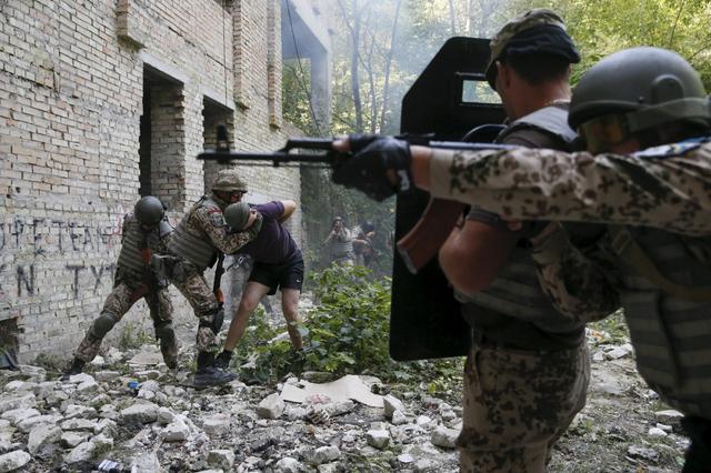 Russie : un site russe confirme la présence de militaires russes dans l'est de l'Ukraine
