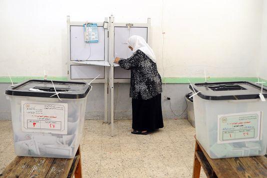 Un faible taux de participation aux législatives en Egypte