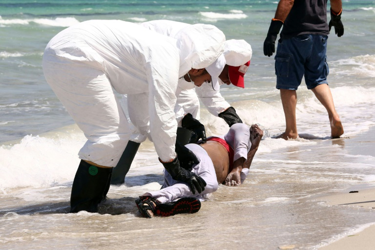 Migration clandestine : Découvertes macabres sur les plages libyennes
