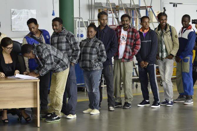 Italie : Transfert d'un deuxième groupe de demandeurs d'asile en Finlande et en Suède