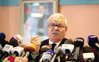 Algérie : élection du bureau politique du parti au pouvoir