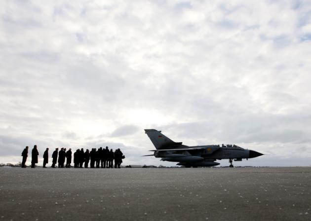 L'Allemagne s'apprête à déployer un premier contingent militaire contre l'EI en Syrie