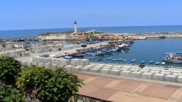 Algérie : vers la construction d'un gigantesque port à El Hamdania
