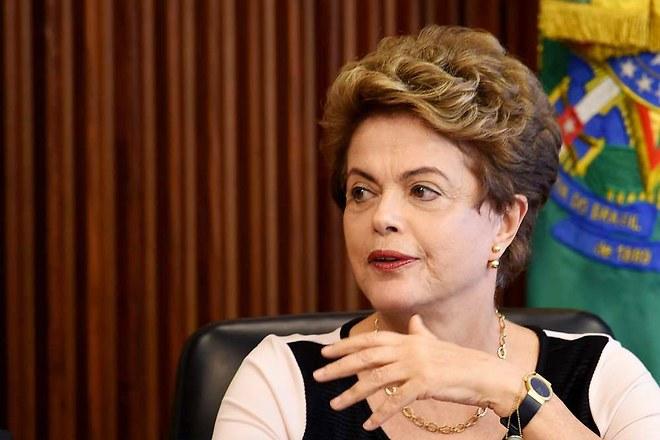 Brésil : suspension de la procédure de destitution de Dilma Rousseff