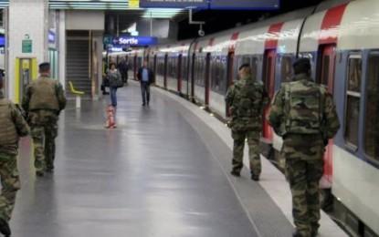 Menace terroriste: alerte internationale pour les fêtes de fin d'année