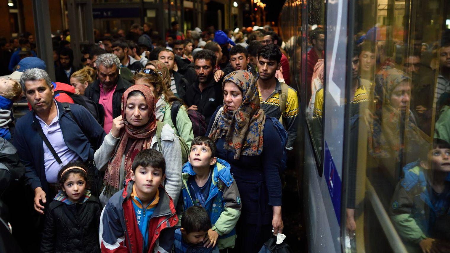 Allemagne : Presqu'un million de migrants accueillis depuis janvier