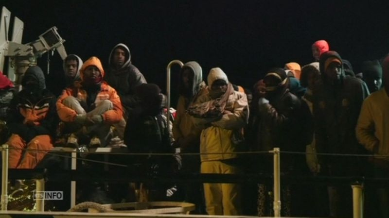 Plus de 2 000 migrants secourus en une journée au large de la Libye