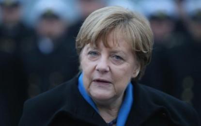 Allemagne : Angela Merkel ne fermera pas les portes aux réfugiés