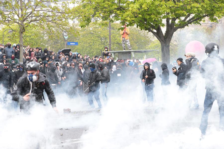 Violentes manifestations  à Paris contre la loi du travail
