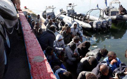 Italie : Des centaines de migrants portés disparus en Méditerranée