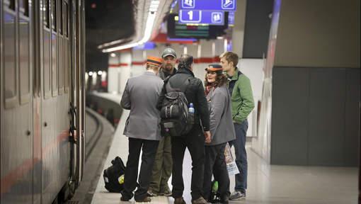 Belgique-Attentats: reprise du trafic dans la station de métro Maelbeek