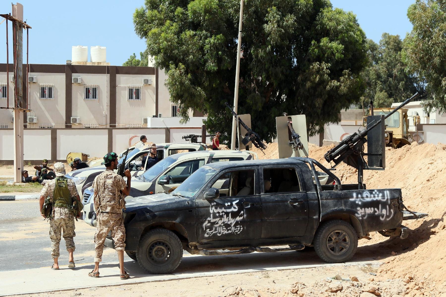 Libye : Les forces loyalistes confrontées à la résistance djihadiste à Syrte