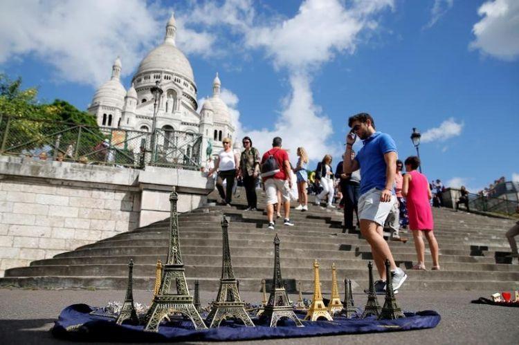 Le tourisme en France accuse une  baisse de 7%
