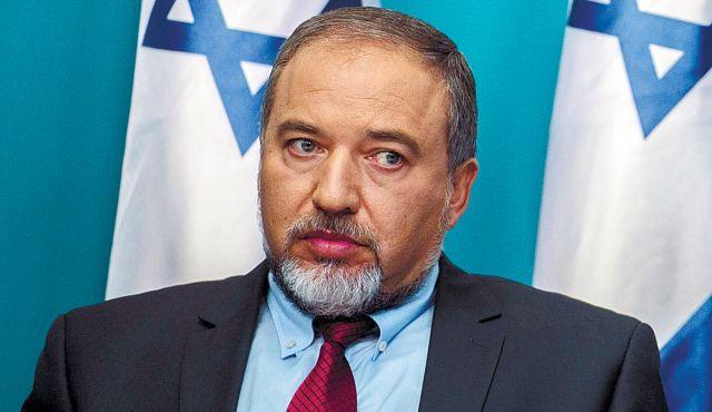 Le ministre israélien de la Défense menace le Hamas d'une destruction totale