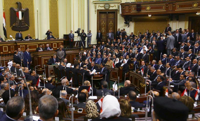 Le parlement égyptien adopte un projet de loi controversé sur les ONG