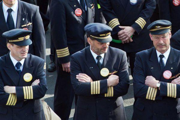 Allemagne: Lufthansa annule 1700 vols à cause de la grève des pilotes