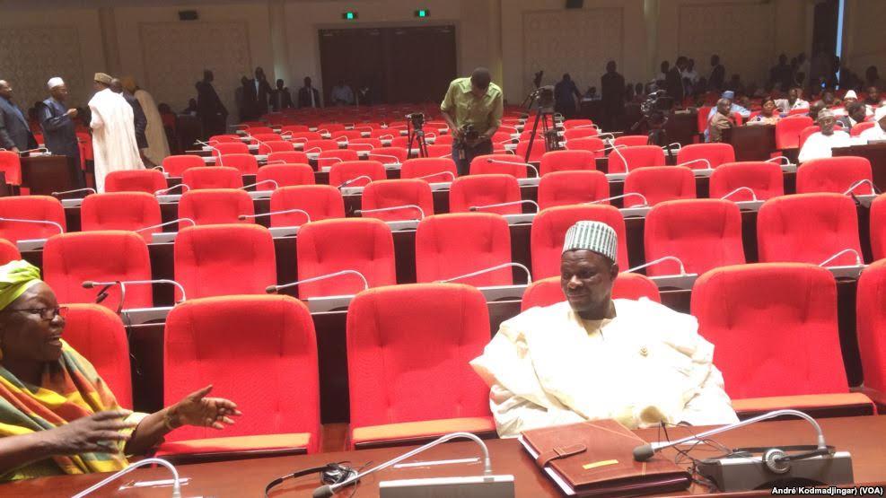 Tchad: Les députés de la majorité boycottent l'examen d'une motion de censure