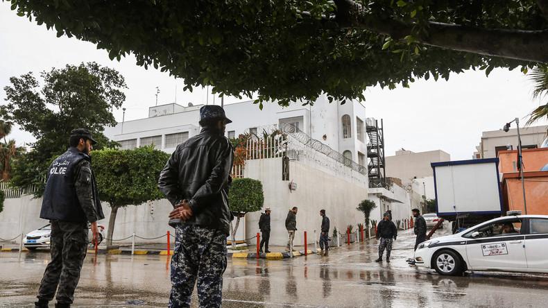 Explosion d'une voiture suspecte près de l'ambassade d'Italie à Tripoli