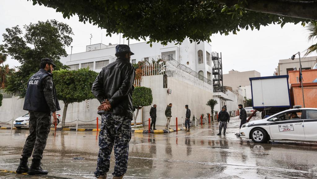 L'Italie rouvre son ambassade en Libye