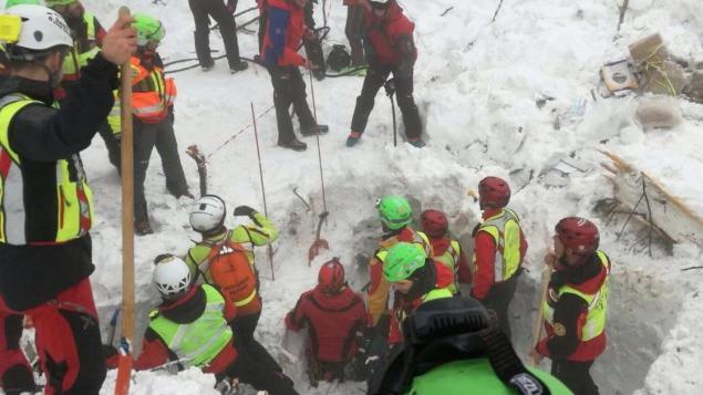 Le bilan de l'avalanche ayant enseveli un hôtel en Italie s'élève à 29 morts