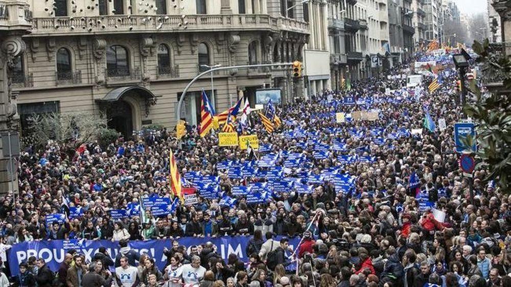 Espagne : manifestation à Barcelone pour accueillir plus de réfugiés