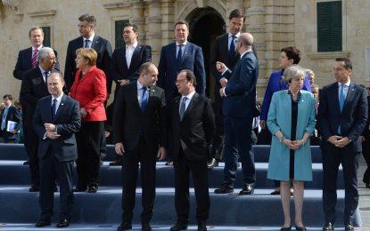 L'Union Européenne veut renforcer la lutte contre les passeurs de migrants en Libye