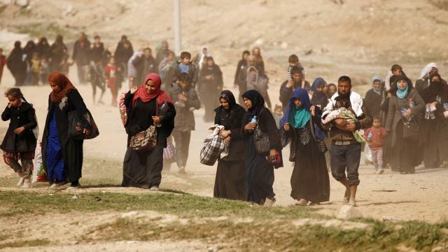 Au moins 26.000 civils irakiens ont fui l'ouest de Mossoul