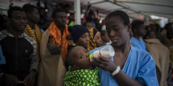 Environ 970 migrants secourus au large de la Libye