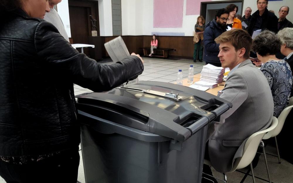 Les libéraux remportent les législatives aux Pays-Bas