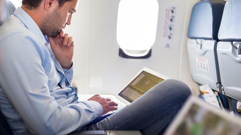 Washington et Londres interdisent le port en cabine d'appareils électroniques sur certains vols