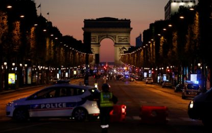 France : Une fusillade sur les Champs-Elysées fait deux morts