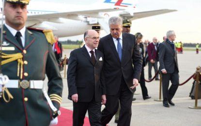 Le Premier ministre français Bernard Cazeneuve en visite officielle en Algérie