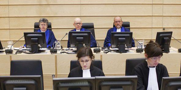 La CPI publie le mandat d'arrêt visant l'ex-chef de la sécurité de Kadhafi