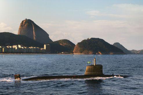 La justice française enquête sur de possibles pots de vin dans un contrat d'armement avec le Brésil