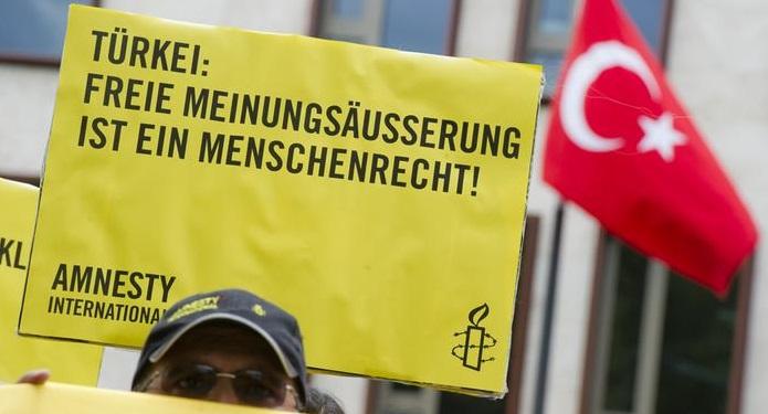Nouvelles tensions entre Berlin et Ankara
