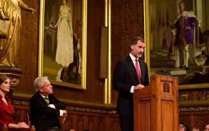 Le roi Felipe VI d'Espagne parle de Gibraltar devant le Parlement britannique