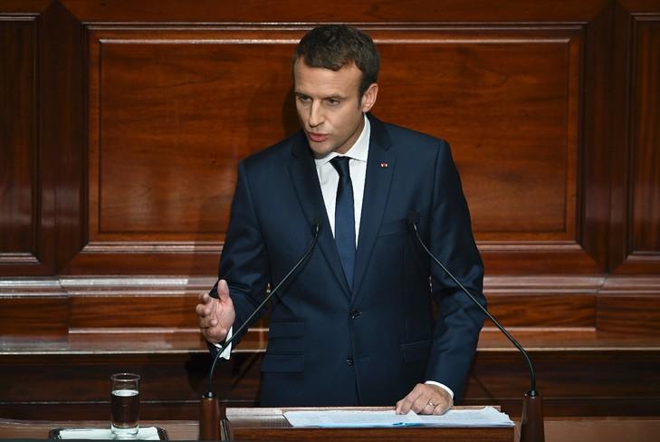 Le président français Emmanuel Macron dévoile les détails de son quinquennat