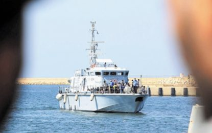 Migrants : La marine libyenne pourrait « saisir » les navires des ONG
