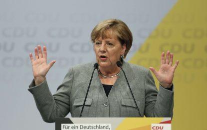 Merkel consent à limiter le nombre de demandeurs d'asile en Allemagne