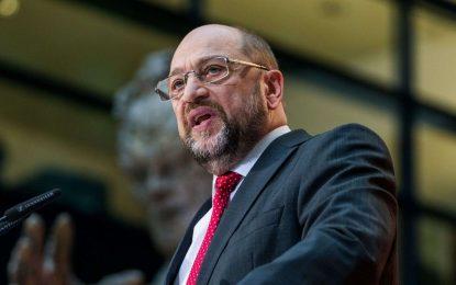 Allemagne : Les sociaux-démocrates consentent à l'unanimité de négocier avec les conservateurs