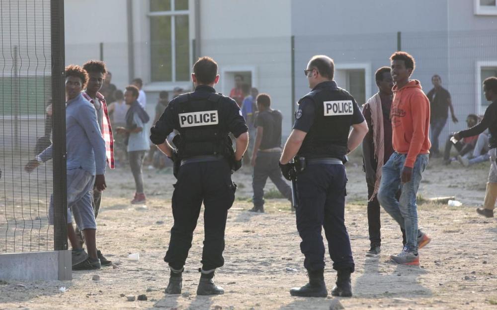 France : Au moins 18 blessés dans des affrontements entre migrants à Calais